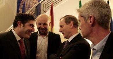 Madrid Harps With An Taoiseach Enda Kenny
